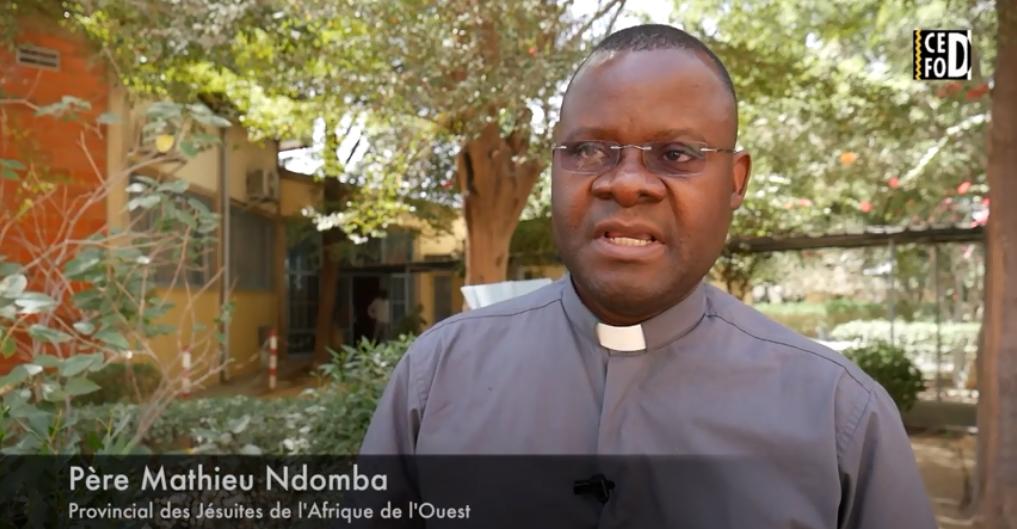 Le Provincial des Jésuites de l'Afrique de l'Ouest visite le CEFOD